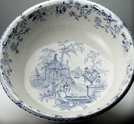 Postcard of Bowl (2 of 2).