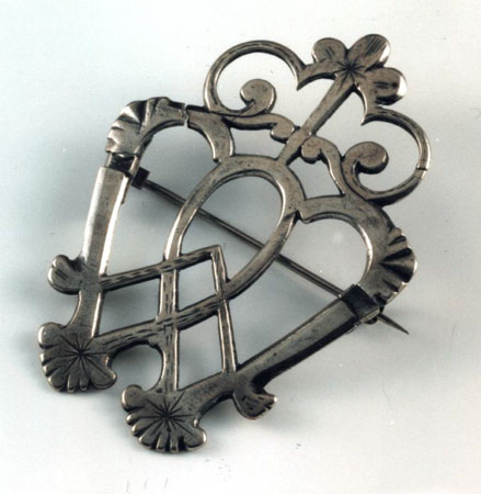 Postcard of Brooch.