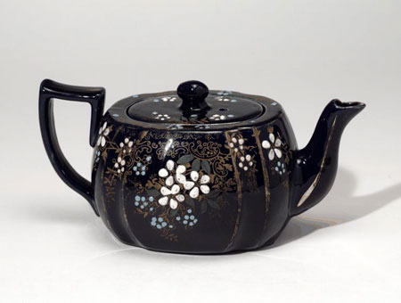 Postcard of Earthenware teapot.