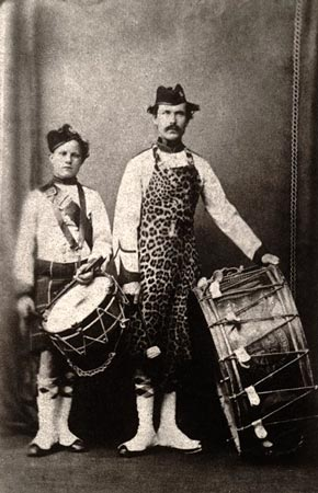 Postcard of Carbon photograph of drummers of the 78th Regiment of Foot, 1860.