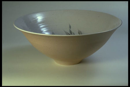 Postcard of Bowl, by Joe and Trudi Finch.